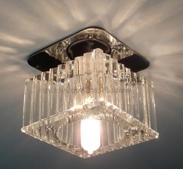 Светильник с наружным типом лампы