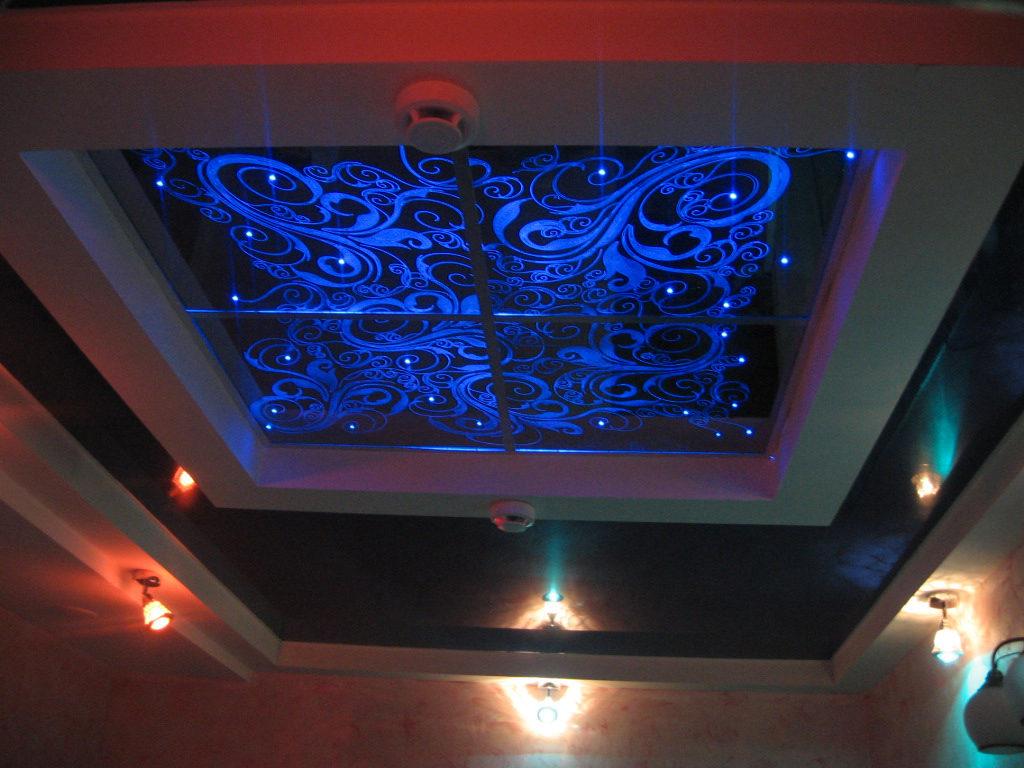 Декоративный натяжной потолок