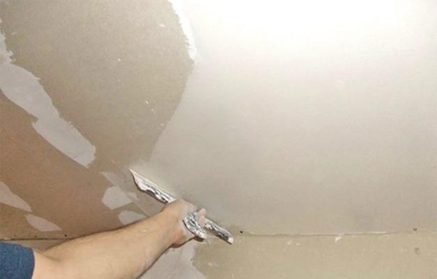 Шпаклевка потолка по гипсокартону своими руками видео