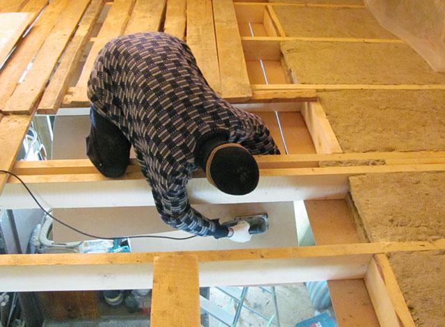 как делать потолок в бане из досок