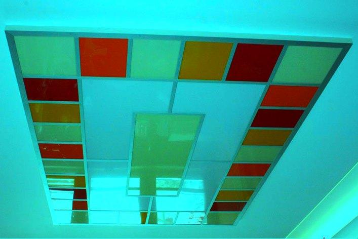 Плиточный акриловый потолок