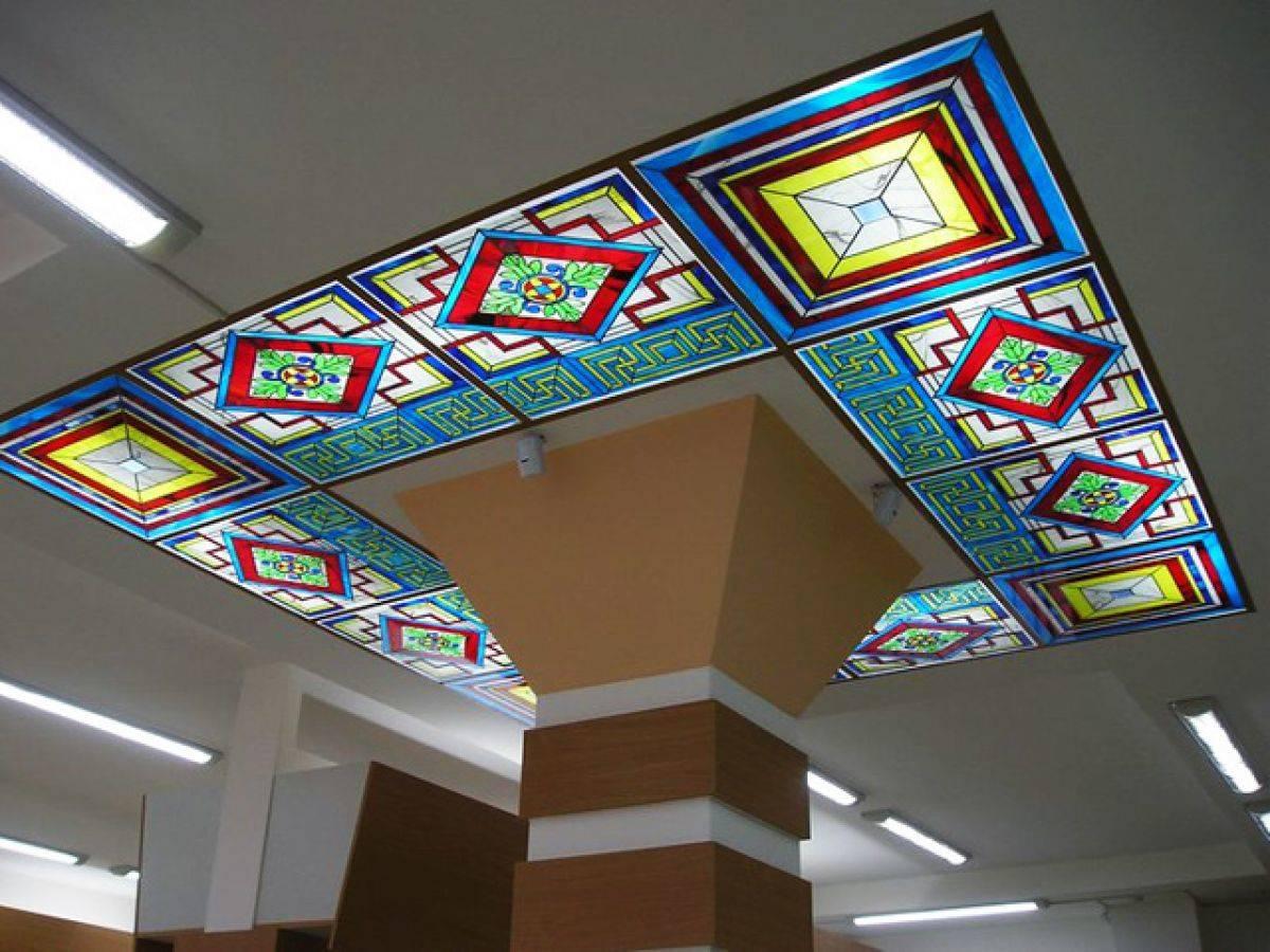 Акриловый потолок - изюминка интерьера