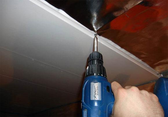 как выбрать панели для подвесного потолка