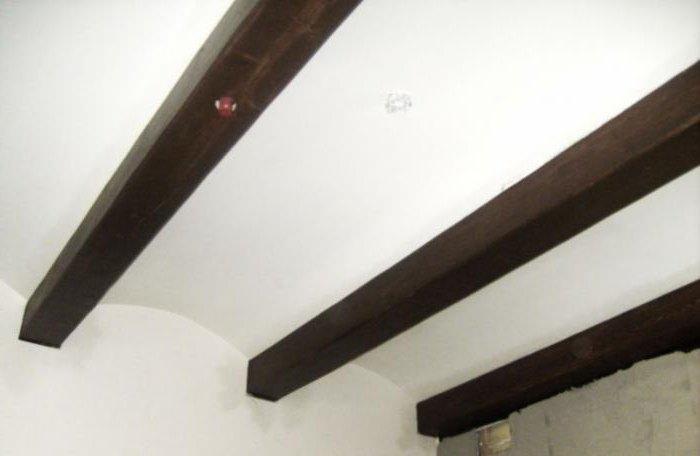 декоративные балки на потолок из дерева