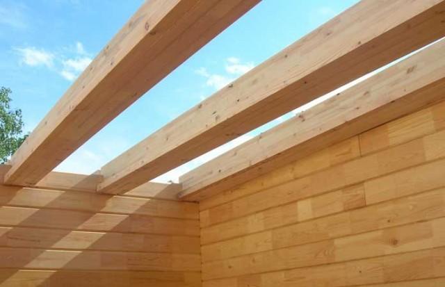 Деревянные перекрытия между этажами используются а небольших строениях.