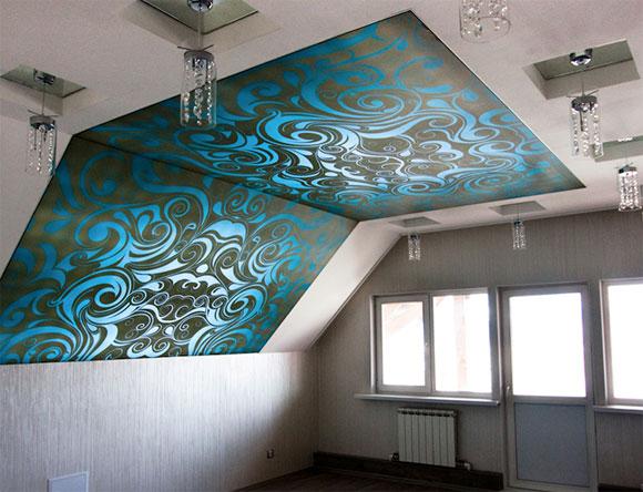 чем обшить потолок на мансарде