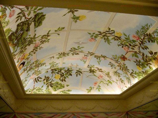 Виниловая наклейка на потолоке фото