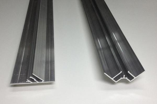 металлический багет для натяжного потолка