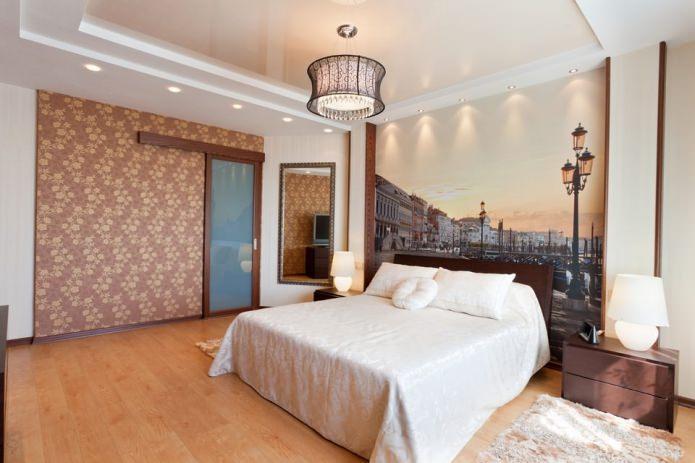 комбинированный натяжной потолок в спальне