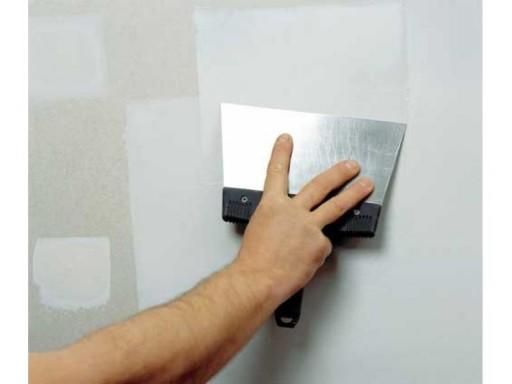 Практически идеальная стена получится, если при шпаклевке соблюдать несложные правила