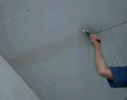 Потолок и стены шпаклюются одинаково