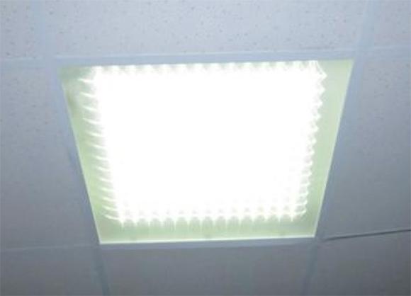 светодиодное освещение офиса