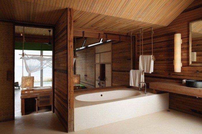 Фото 8 - Как сделать потолок в ванной деревянным..и не только его