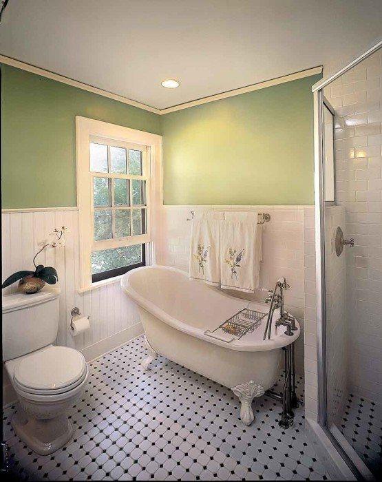 Фото 6 - Сдержанная классика - матовый белый натяжной потолок для ванной