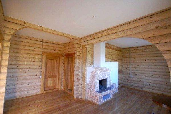 Фото - Белый потолок из гипсокартона в деревянном доме сделает помещение светлым, высоким и просторным