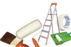 Материалы и инструменты для покраски потолка