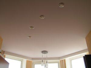 натяжной потолок с матовым покрытием