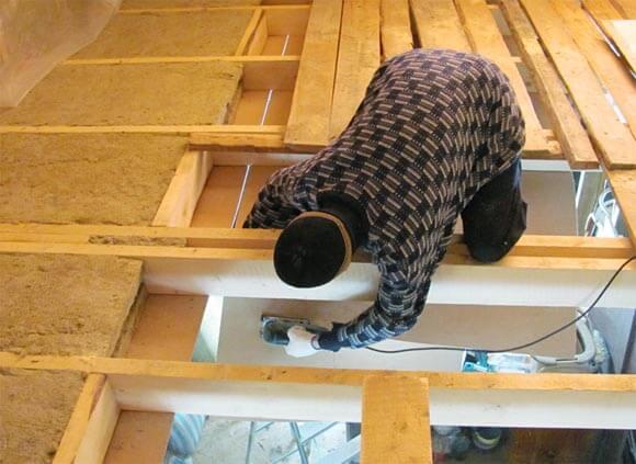 чем утеплить потолок частного дома со стороны чердака