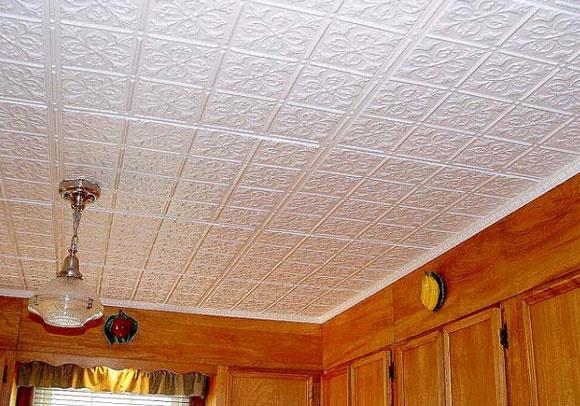 потолок из плит пвх
