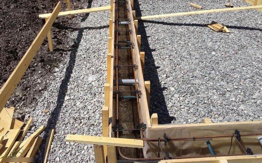 Подготовка фундамента под гараж из пеноблоков