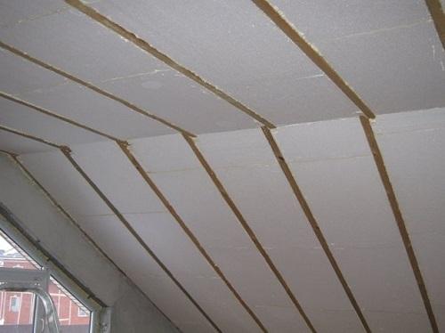 Потолок мансарды утепленный пенопластом