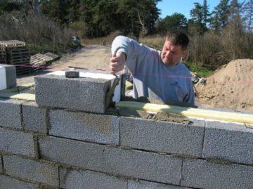 Керамзитобетон блоки кладка цена залить бетоном цоколь