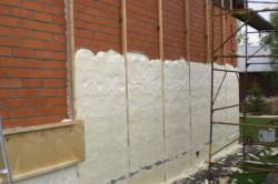 Отделка стены пенополиуретаном