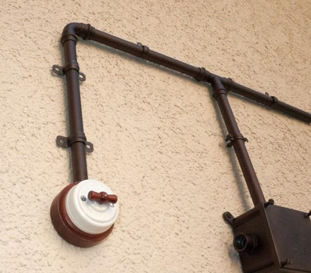 Прокладка кабеля в трубе 6