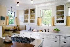 Выбор для кухни кафе штор