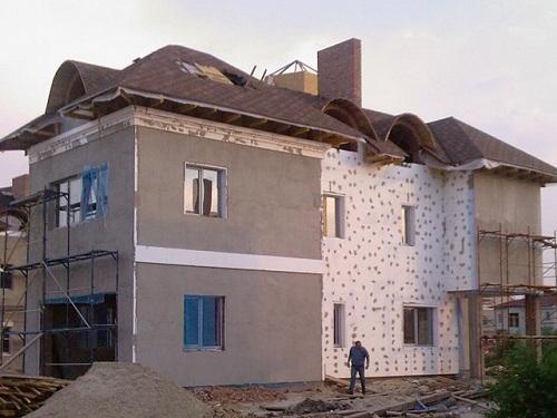 Дом, утепленный пенополистиролом ПСБ 25Ф