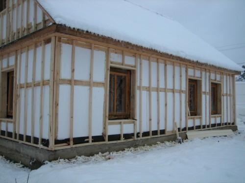 Наружное утепление стен каркасного дома пенопластом