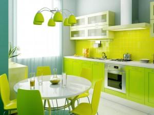 Чистота потолка и стен на кухне - основная задача кухонной вытяжки