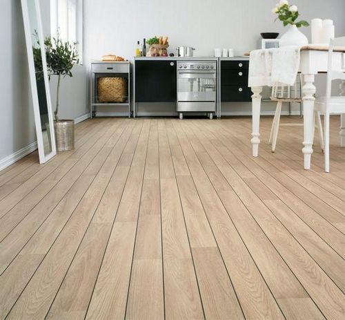 Как выровнять деревянный пол под ламинат на кухне: преимущества, процесс выравнивания, инструкция, видео