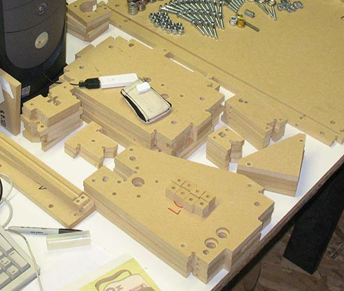 Как изготавливать самодельные станки из фанеры?