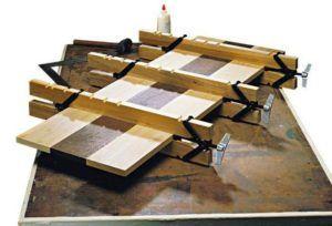 Конструкция ваймы сделана так, что верхняя и нижняя трубы при затяжке винта тоже сильно прижимаются друг к другу, что делает будущую заготовку идеально
