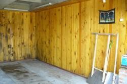 Деревянная вагонка в гараже