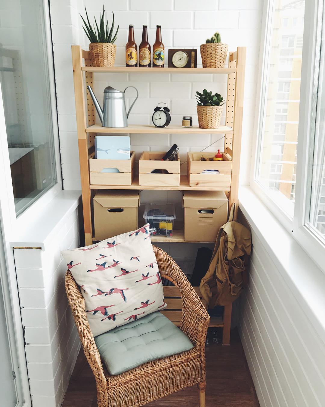 Красивый шкаф из дерева самостоятельно