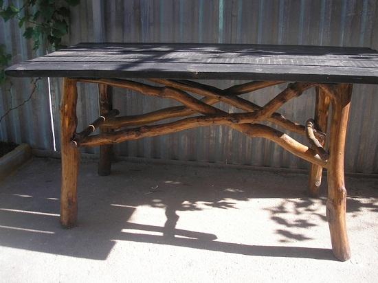 Стол для дачи.