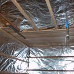 Пароизоляция потолка и стен в бане