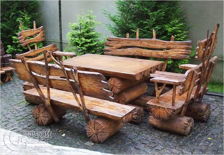 Садовая мебель из пня и дерева