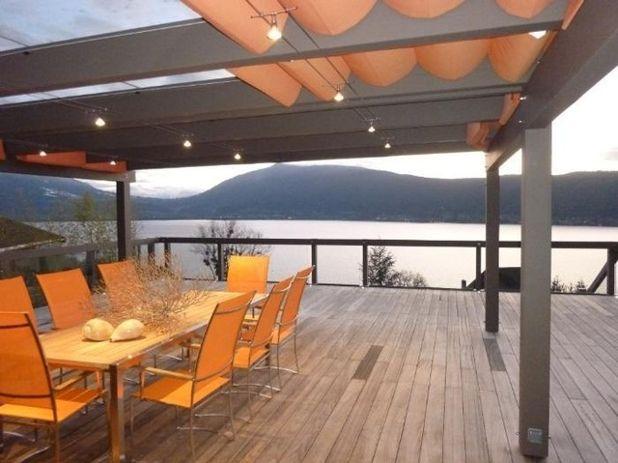 Современный Дворик Lake Annecy