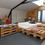 Мебель в спальню из паллет
