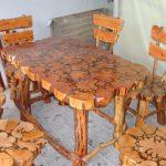 Необычный стол и стулья из дерева ручной работы