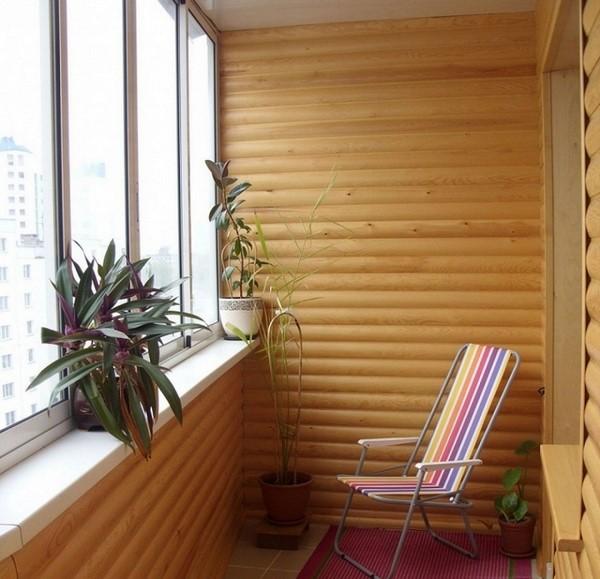 Блок-хаус на балконе