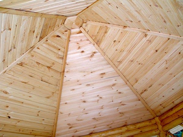 Фото 5 – Крыша беседки – вид изнутри